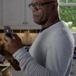Зрителям нравится новая реклама iPhone 4S
