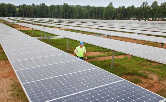 Строительство солнечно фермы