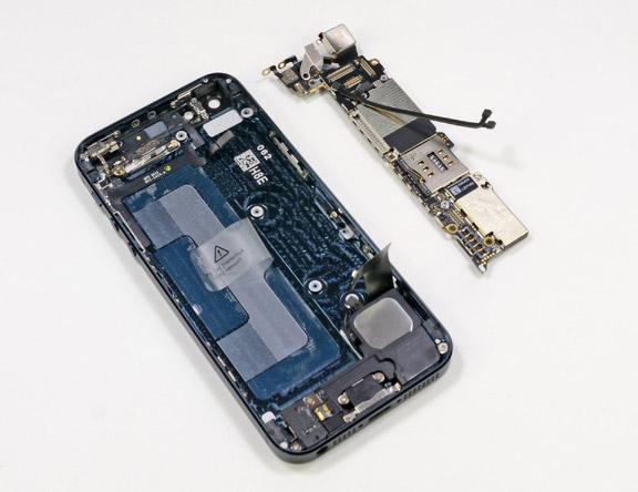 iPhone 5 внутренняя часть
