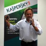 Касперский вновь ругает Apple
