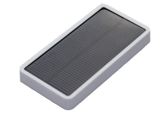 Солнечная панель для зарядки iPhone