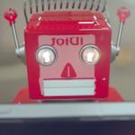 iDiots: ироничный взгляд на пользователей iPhone