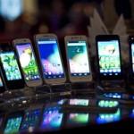 Средняя стоимость смартфонов в России снизилась на 19%