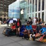 Под Apple Store уже начали собираться очереди за iPhone 6