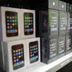 Вслед за новыми подорожали и подержанные iPhone