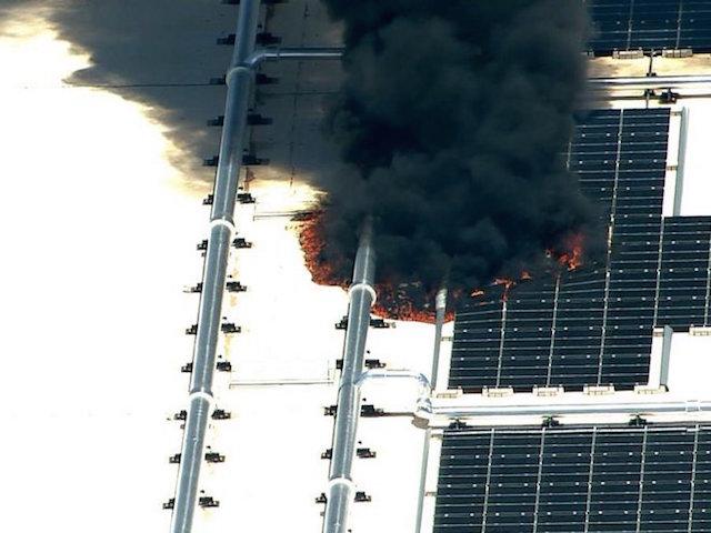 13016-7373-KNXV-Mesa-Apple-plant-fire_1432665497014_18860912_ver10_900_675-l