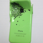 iPhone 5c защитил своего владельца от выстрела из дробовика
