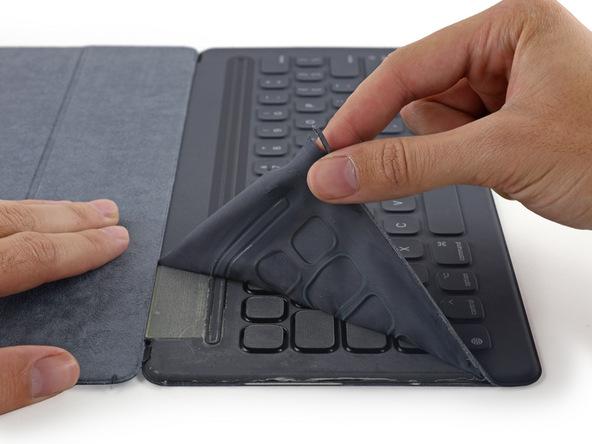 Smart Keyboard-ifixit-2