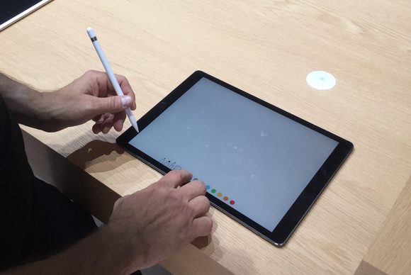ipad_pro_apple_pencil_demo-100613524-large