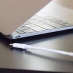 Apple бесплатно заменит кабели USB-C для MacBook 12″