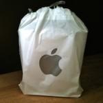 Магазины Apple Store отказываются от пластиковых пакетов