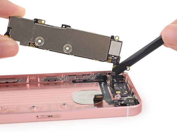 iPhone-SE-ifixit-8