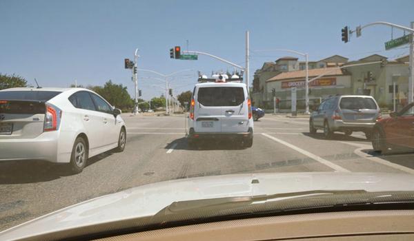 Apple-car-cam-2
