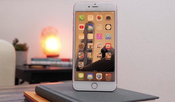 iphone-7-display-yellow-1