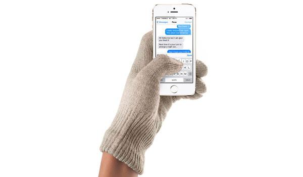 touchscreen-gloves-sandstone-03