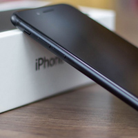 oled-iphone-0