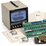 Один из первых компьютеров Apple выставили на аукционе за £262 000