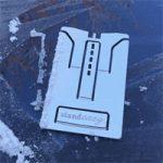 Standeazy Ultra — супер компактная подставка для iPhone и iPad