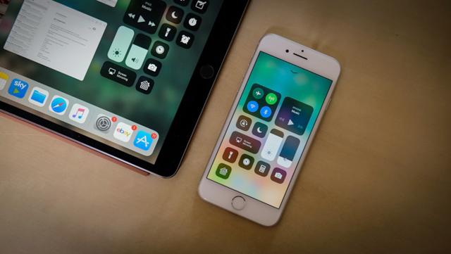 Новые мобильные телефоны отApple показали навидео