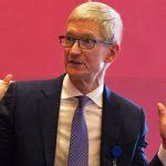 Тим Кук признался, что стал реже пользоваться iPhone