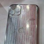 Опубликованы фотографии пресс-форм iPhone 11