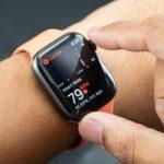 Кардиолог подал в суд на Apple
