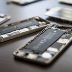 Apple столкнулась с нехваткой комплектующих для ремонта iPhone