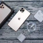 Apple выясняет у владельцев iPhone, что они делают со старыми адаптерами питания