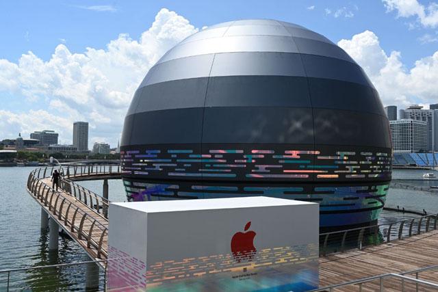 Apple построит в Сингапуре фирменный магазин в форме шара 0