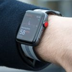 Владельцы Apple Watch Series 3 жалуются на спонтанные перезагрузки часов