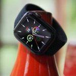 Владельцы Apple Watch SE жалуются на перегрев часов